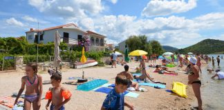 Family vacation in Croatia – beaches and accommodation