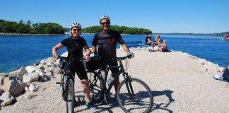 Cycling couple