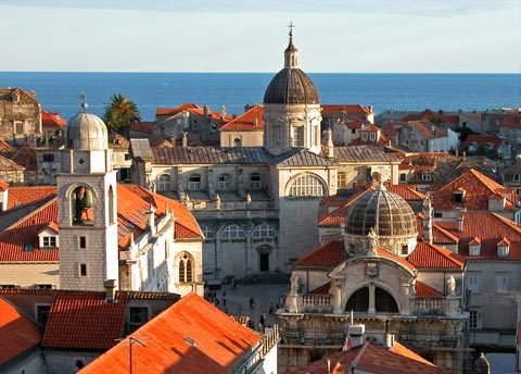 Looking for a tourist destination in Croatia, on the beautiful Adriatic coast?
